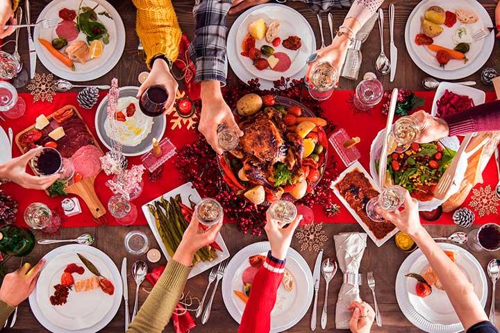 Как не переедать в праздники